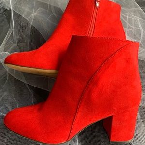Red INC brand boots 9M